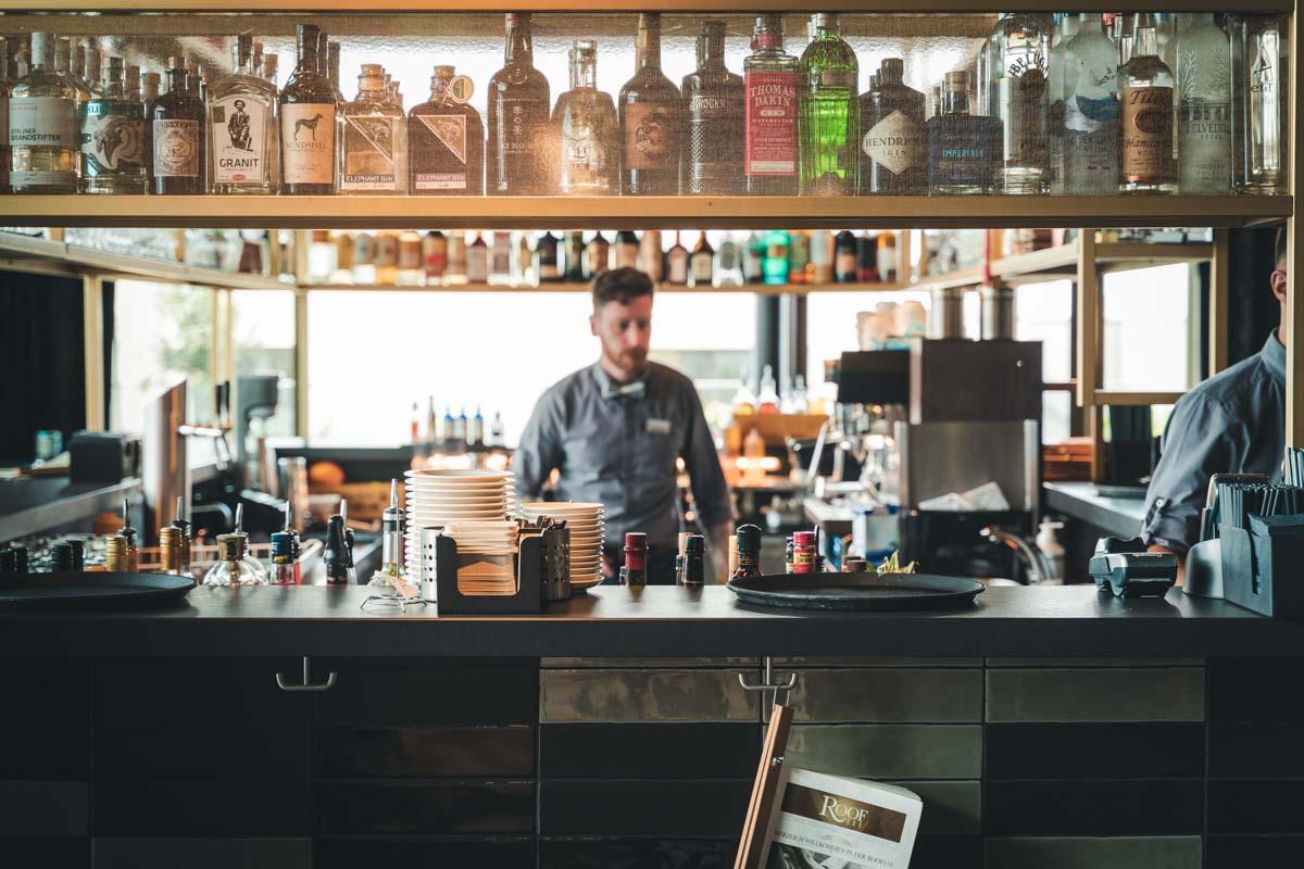 Roofbar-Mannheim-Barkeeper
